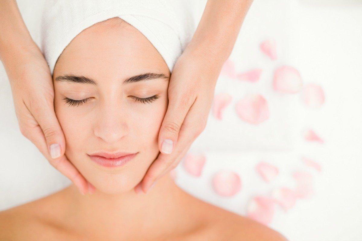 Med Access Energetic Facelift hos Viavitam får du smuk og blød hud - helt naturligt